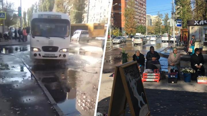 В Ростове на Западном проезжую часть залило кипятком