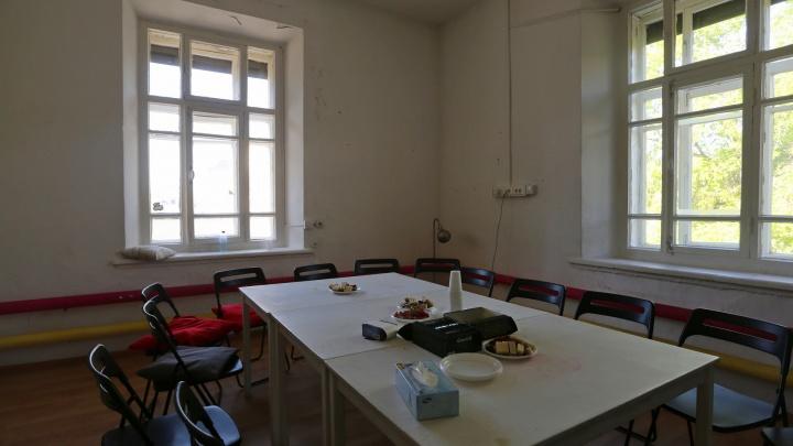 Это не секта и не клуб самоубийц: в Екатеринбурге открылось кафе, где говорят о смерти