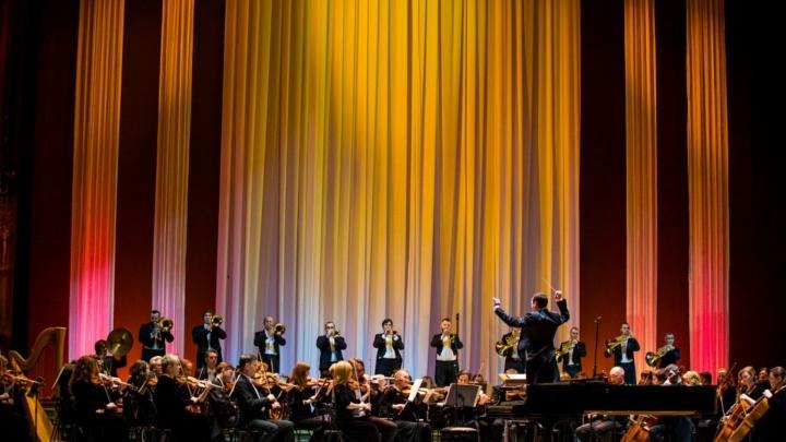 Ростовскому музыкальному театру 20 лет: сюрпризы, автограф-сессии и уроки балета