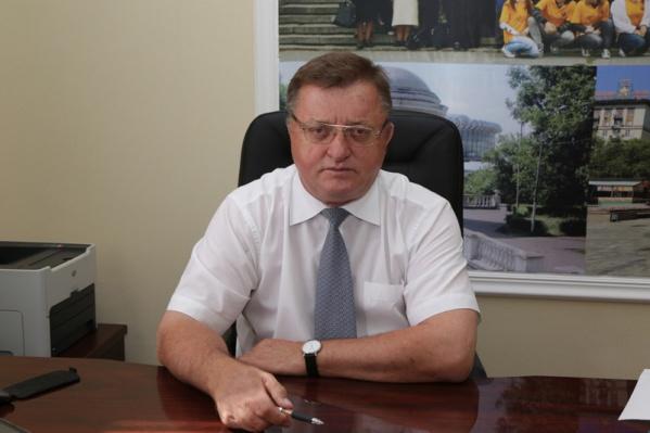 В этом году академик РАН отметил свое 70-летие
