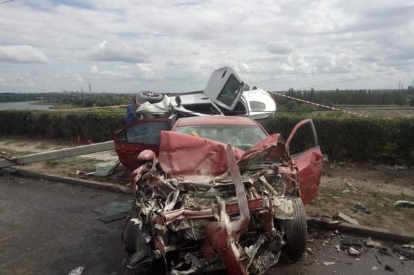 Жертвами аварии стали два человека