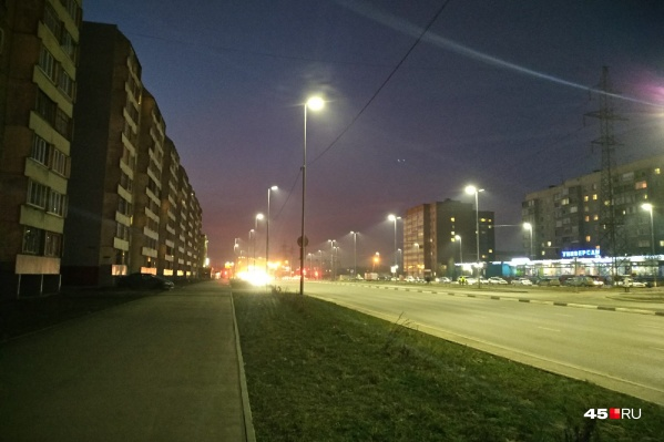 Энергосберегающие светильники будут равномерно освещать улицы, что позволит избежать темных пятен