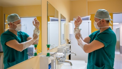 Статистики нашли у среднего врача зарплату в 78 тысяч. Они на самом деле столько получают?