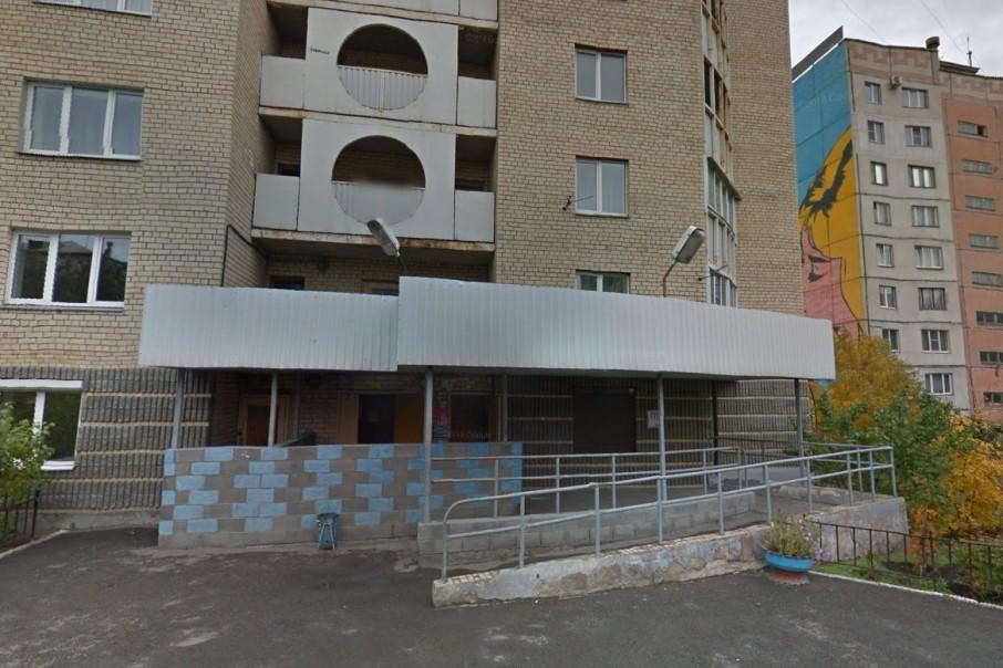 Убийство произошло в подъезде этого дома в Магнитогорске