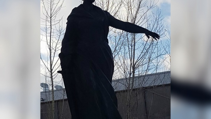 Экс-депутат задумал поставить в Ярославле на видном месте памятник «Родина-мать»