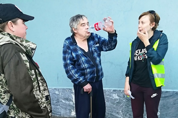 У Сергея Олисова бывают провалы в памяти, есть проблемы со здоровьем, но благодаря волонтерам он вернулся домой живым
