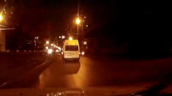 Момент наезда на девушку в Стерлитамаке попал на видео