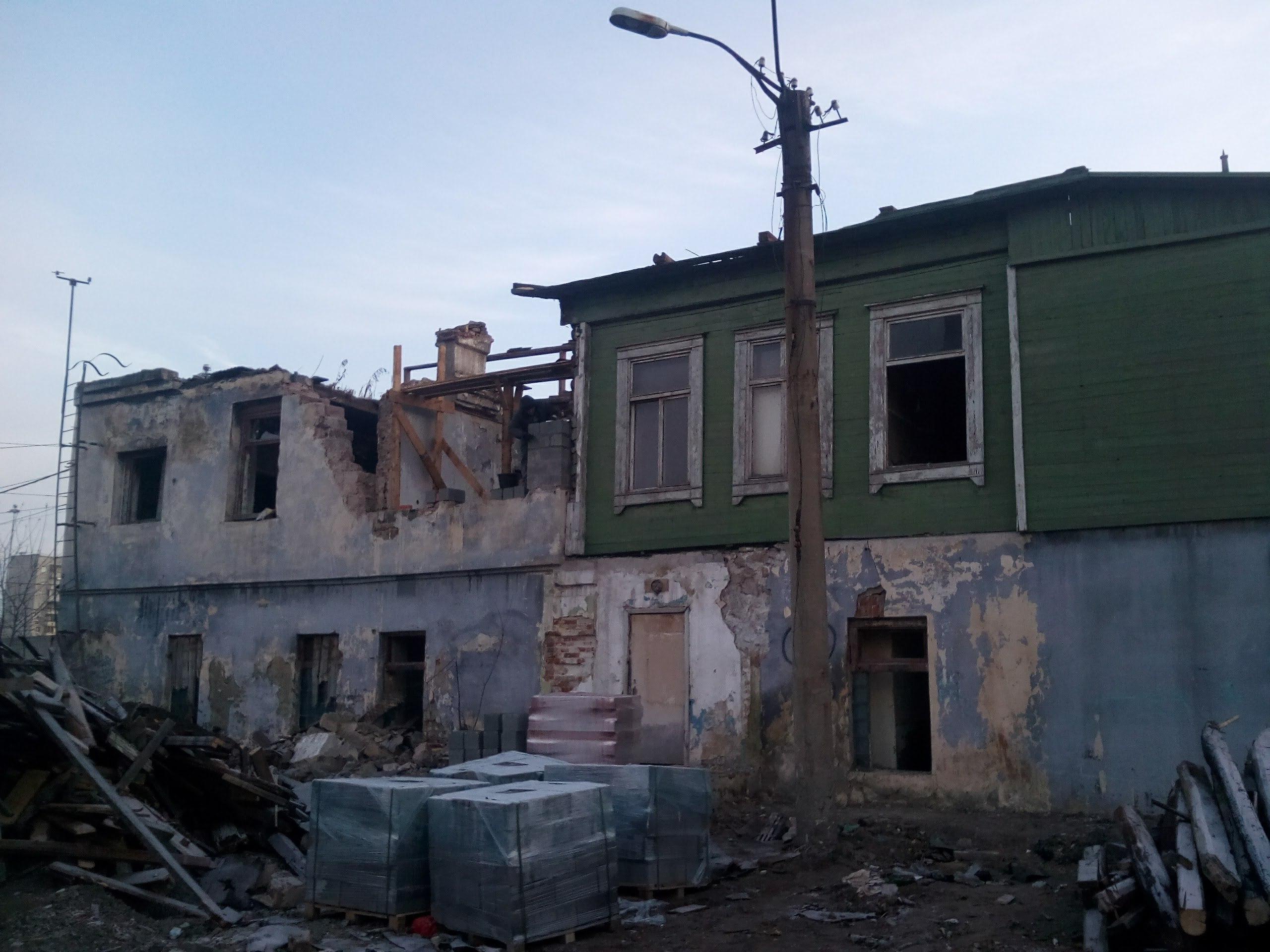 В 2014 году дом пережил пожар