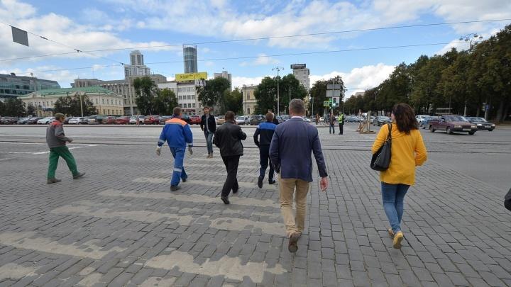 В Екатеринбурге 3 сентября закроют чётную сторону проспекта Ленина