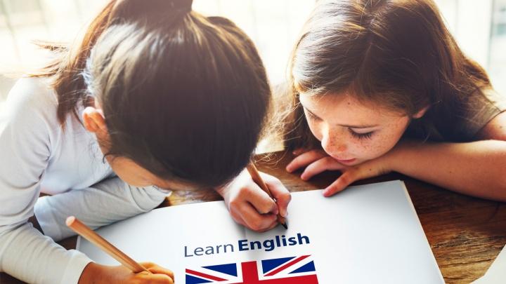 Омским школьникам будут помогать с домашними заданиями по английскому бесплатно