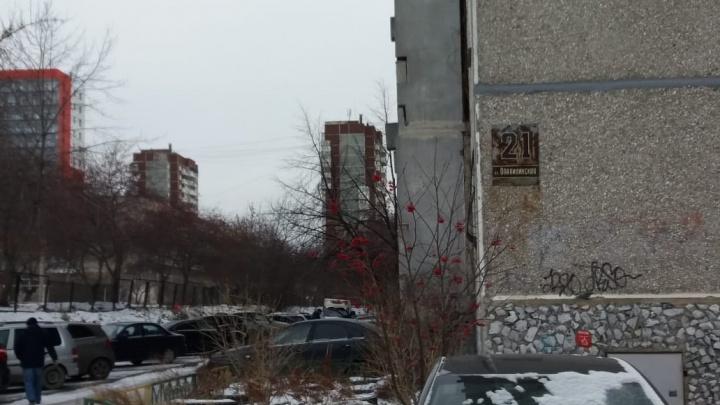 «Полицейский не обязан получать по голове»: адвокаты — о правомерности стрельбы на Опалихинской