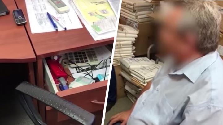 В Волгограде поставивший на поток торговлю пенсиями чиновник отделался условным сроком