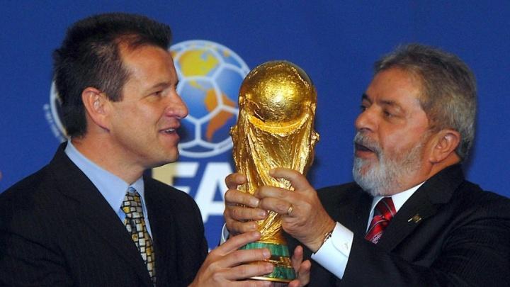 В Уфу прибывает кубок чемпионата мира по футболу