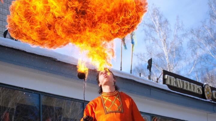 Блинов поесть и чучело сжечь: все события Масленицы в Новосибирске