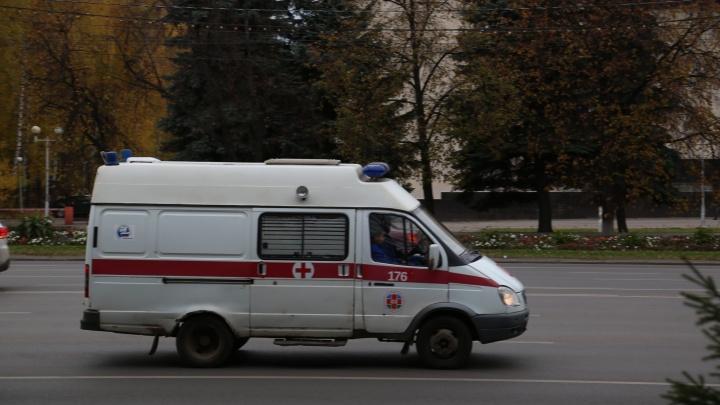 Оставил лежать на дороге: в Башкирии ВАЗ-2114 сбил двоих пешеходов