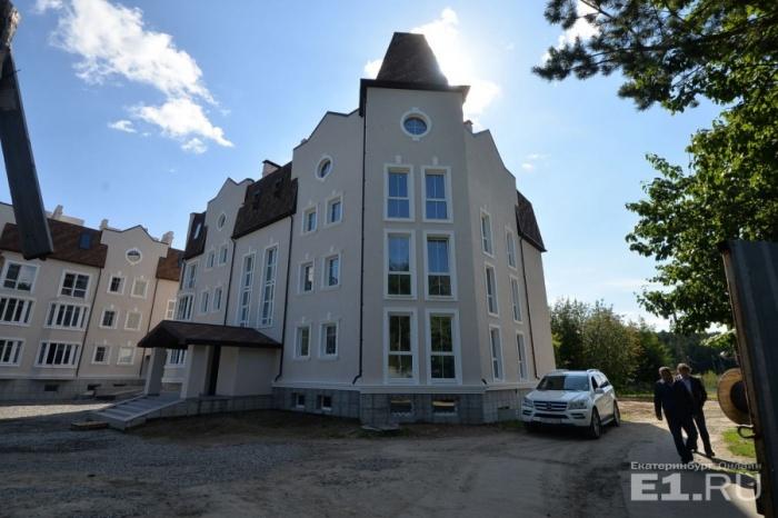 Так выглядят дома в посёлке