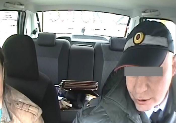 В Екатеринбурге автоинспектор пошел под суд из-за случайного свидетеля