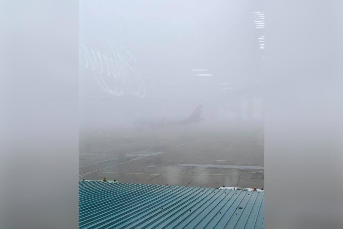 Сейчас в Челябинск из других аэропортов не выпускают пять самолётов