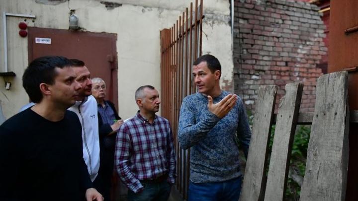 Мэр Ярославля зашел в подворотню и увидел «иное»: фото