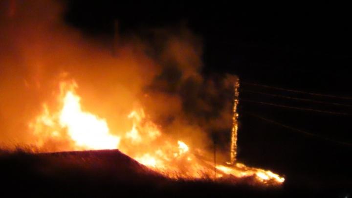 На Бадалыке сгорел частный дом. Сообщают о погибших