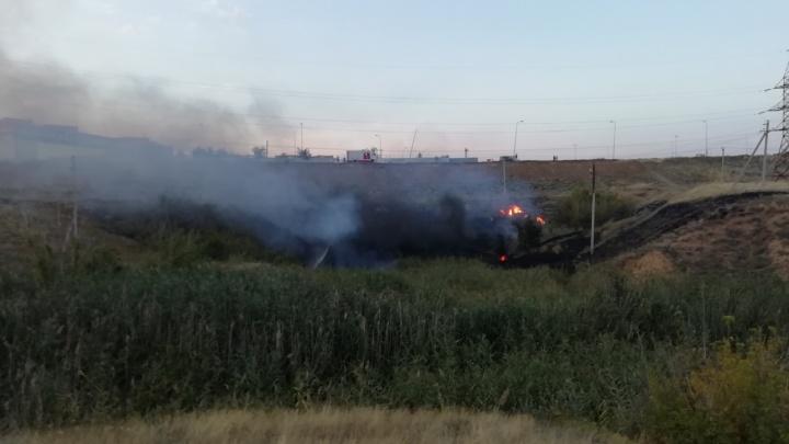 В Волгограде за ТРК «Мармелад» произошёл пожар