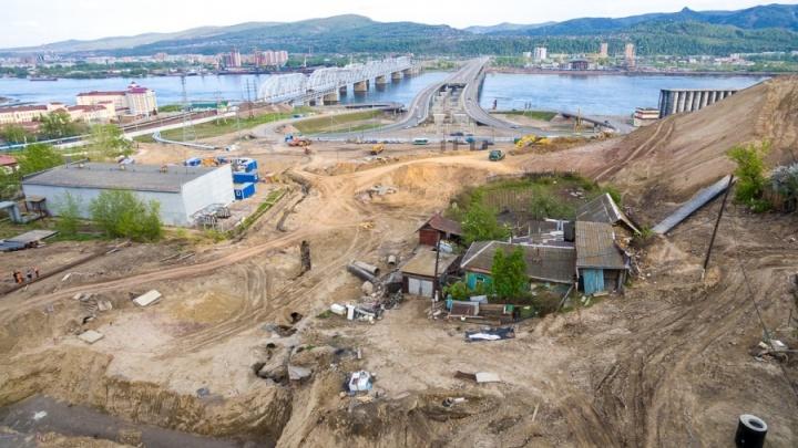 «Сибиряк» жалобой остановил подписание контракта на строительство съездов с 4-го моста
