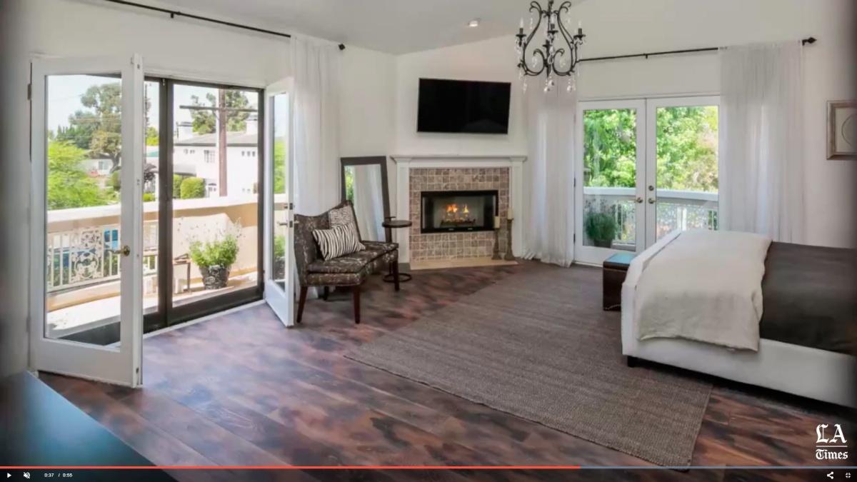 Экс-нападающий «Авангарда» Фролов реализует дом вКалифорнии практически за USD 3 млн
