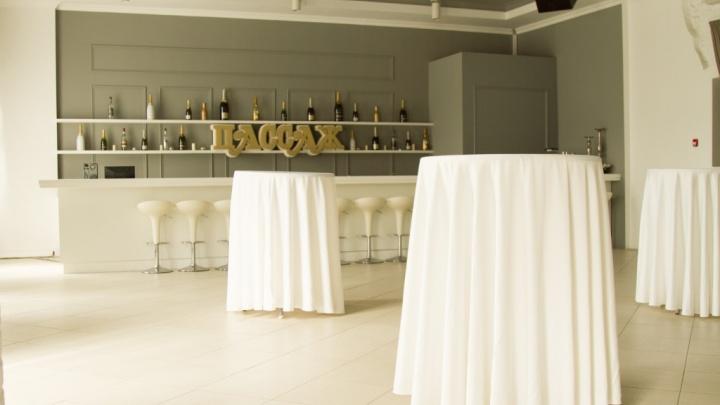 На продажу выставлено помещение зала «Пассаж» с арендатором Bellini Group