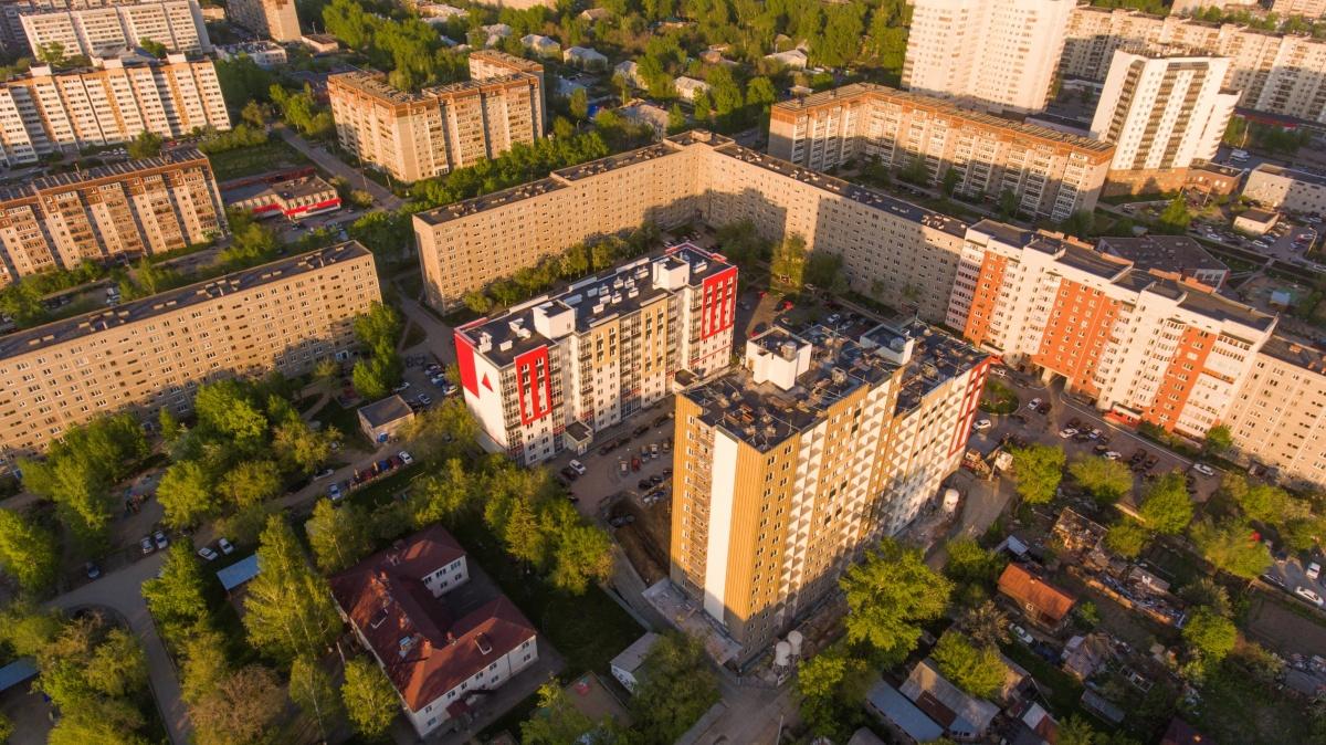 ЖК «Альфа» расположен в тихом квартале Эльмаша, всего в 7 минутах ходьбы от метро «Проспект Космонавтов»