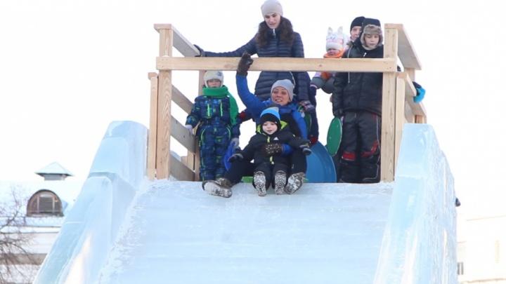 Опасные горки и халатность родителей: дети на Южном Урале стали чаще получать «зимние» травмы