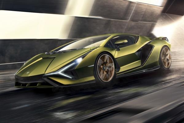 Lamborghini Sian — гибрид суммарной мощностью двигателей 819 л.с. и ценой 3,6 млн долларов. Крутовато даже по меркам итальянской марки