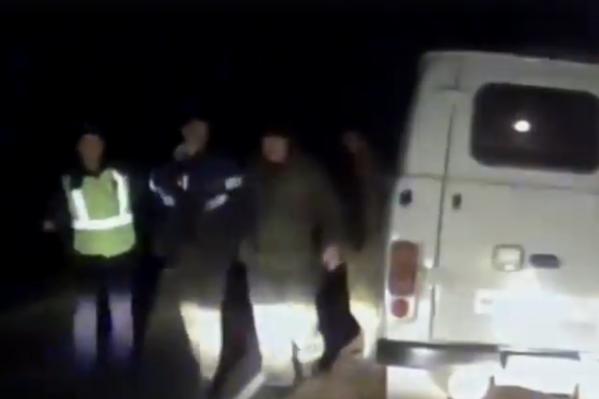 Стрелявшие пытались сбежать на автомобиле УАЗ