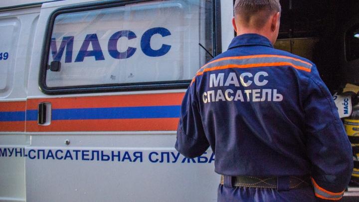 Новосибирец упал с четвёртого этажа дома напротив цирка