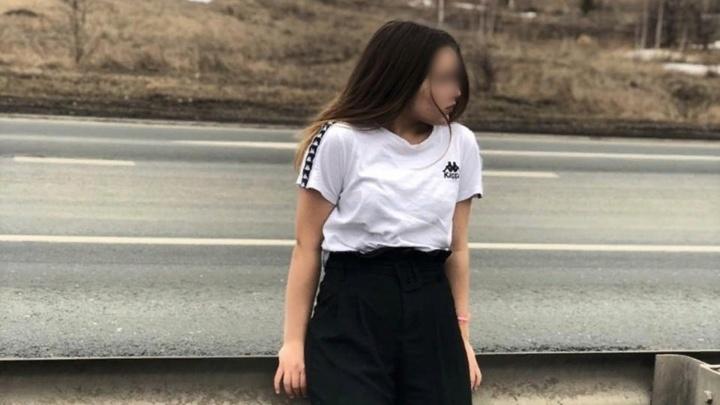 «Давай, бей!»: на видео сняли безжалостную драку девочек в Башкирии
