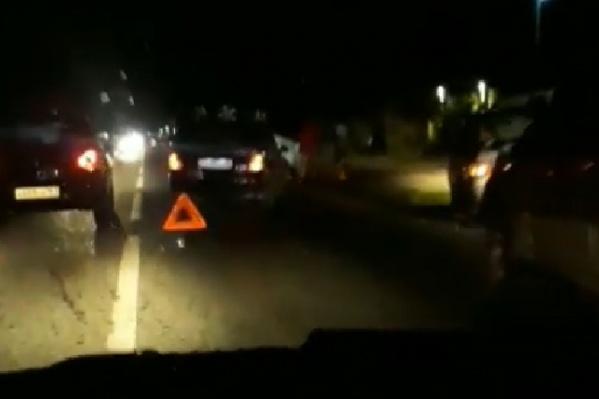 ДТП случилось на улице Каскадной