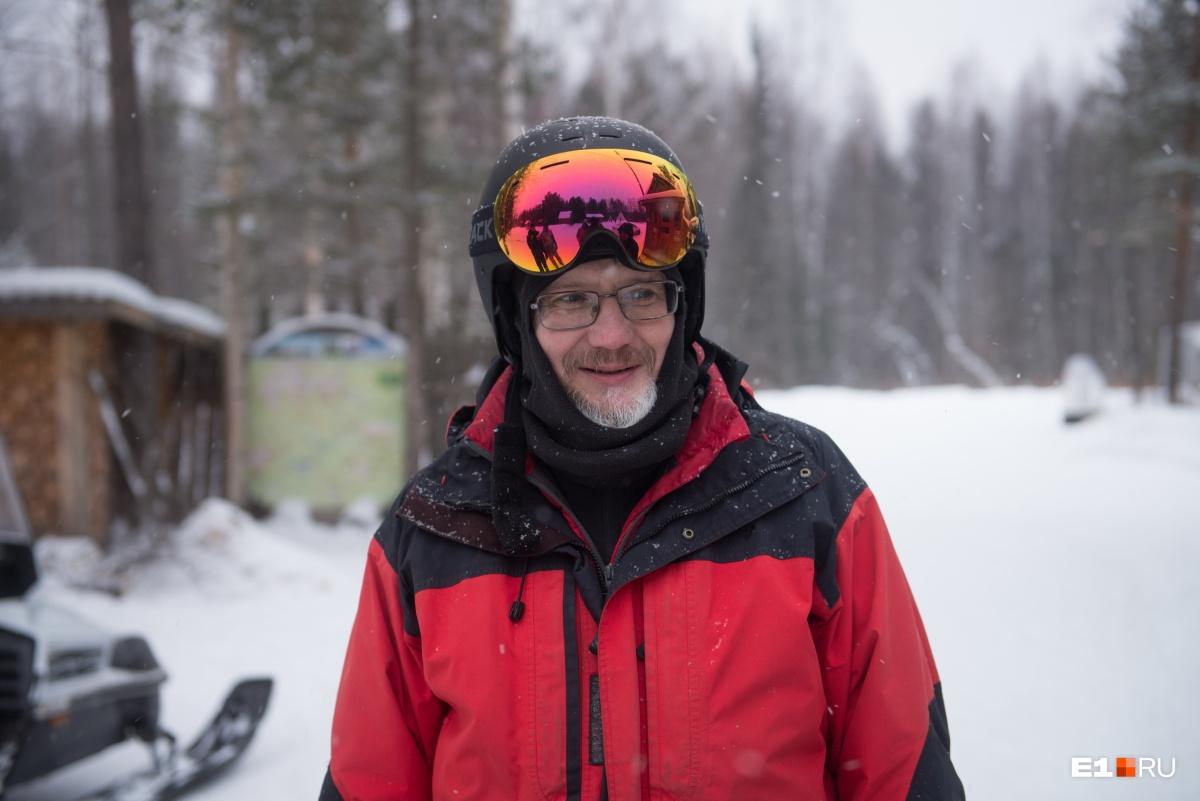 Наш проводник по Сухогорскому Камню — Сергей, он знает этот маршрут наизусть