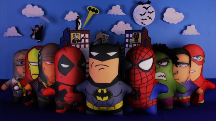 Антистресс-Ведьмак и Халк: прикамец научился шить и делает игрушки по комиксам