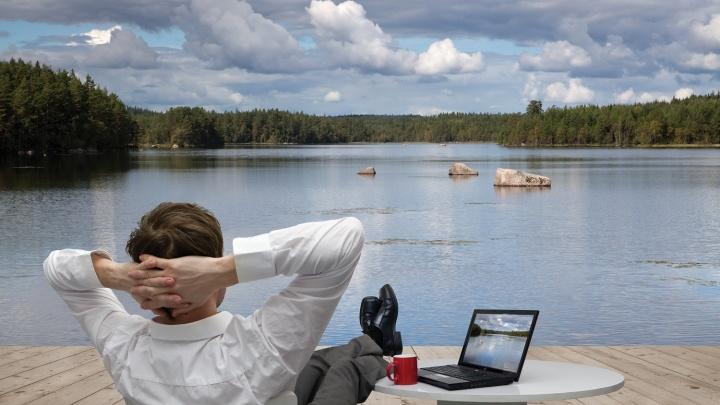 В отпуск без отрыва от работы