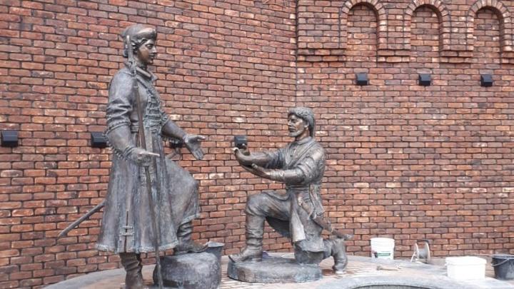 Споры из-за Петра I: донской историк считает памятник на Богатяновском спуске профанацией