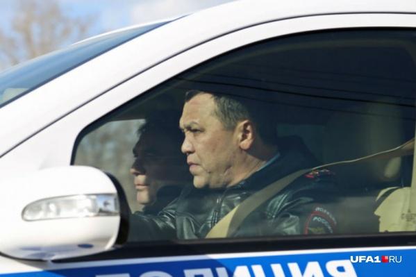 Динар Гильмутдинов сам участвует в рейдах