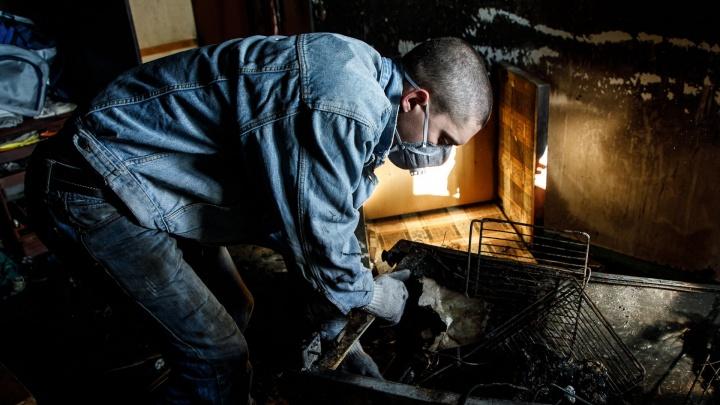 В Волгоградской области ночью эвакуировали 37 человек из горевшей пятиэтажки