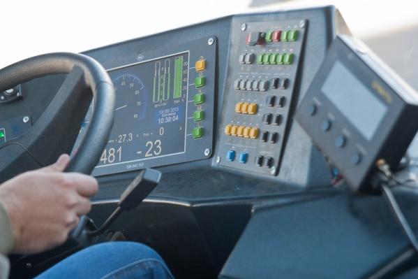 Водители могут отучиться за счет перевозчика, но потом обязаны работать на него год