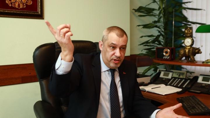 Глава скорой помощи Екатеринбурга: «К вам приедут, но позже, потому что ваш вызов не экстренный»