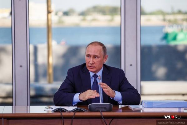 Волгоградец посоветовал горожанам писать напрямую Владимиру Путину для решения проблемы свалок