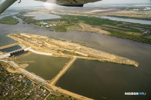 Красногорский гидроузел с высоты — так над ним поработали за два года строительства