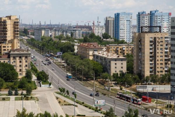 До 15 июля волгоградцам придется мириться с новой транспортной схемой