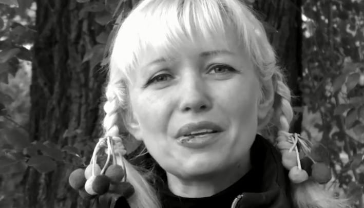 Челябинские писатели высказались в поддержку педагога, уволенной за откровенные фото