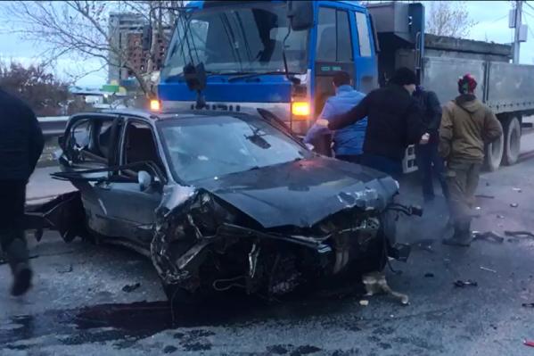 Всего в аварии участвовало четыре автомобиля