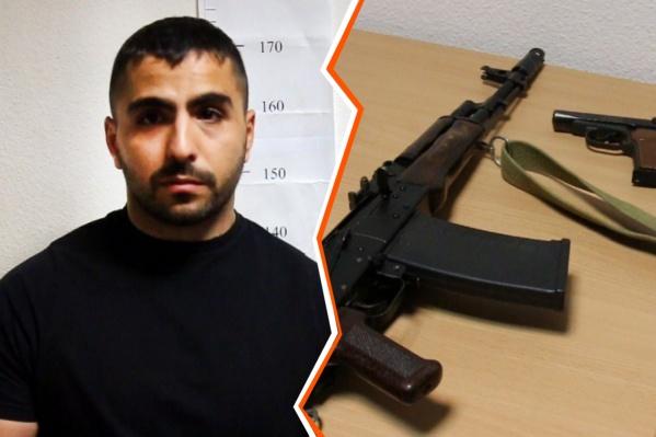 С собой у Павла Колозяна был травматический пистолет, а один из его братьев принес охотничий карабин