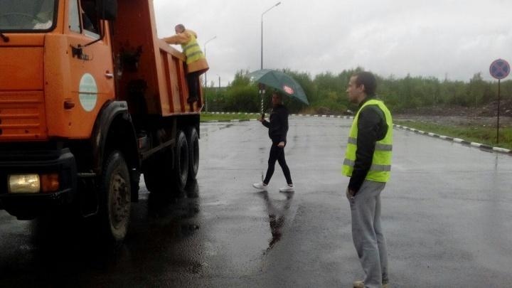 Ищут хозяев отходов: депутат облсобрания получила новые детали о грузе из Сабетты в Архангельск